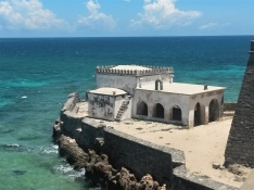 Traveling to the beautiful Ilha de Moçambique post-conference. What better way to explore new places than with friends and the sound of waves? The Capela da Nossa Senhora de Baluarte, built in 1522, is the oldest European construction in the southern hemisphere.